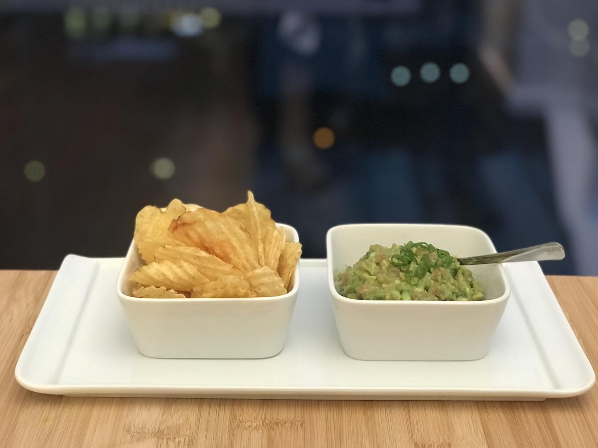Avacado Tuna Tartare served with Potato Chips