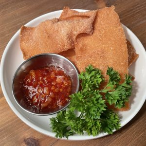 Light and Crispy Wonton Chips